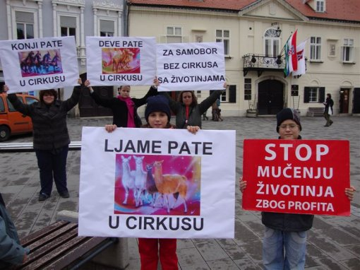 Protest against circuses in Samobor 3 [ 112.45 Kb ]