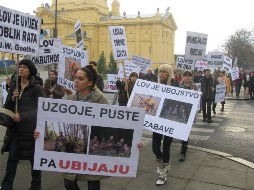 Anti-hunt demo, Zagreb 2011 b [ 102.55 Kb ]