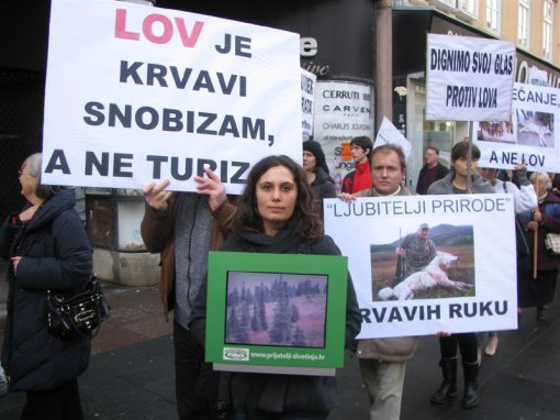 Anti-hunt demo, Zagreb 2011 f [ 87.35 Kb ]